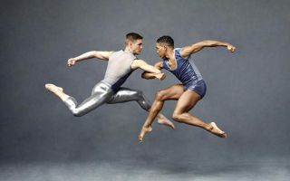 dancers-male-couple